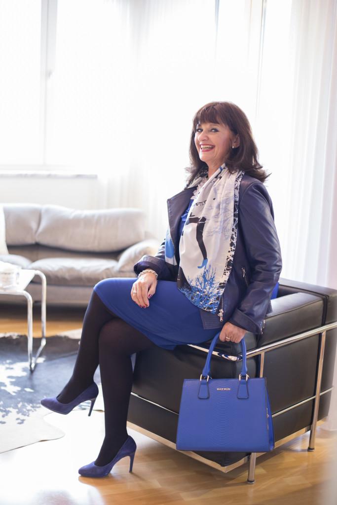 BlueDress-Chair-Bag