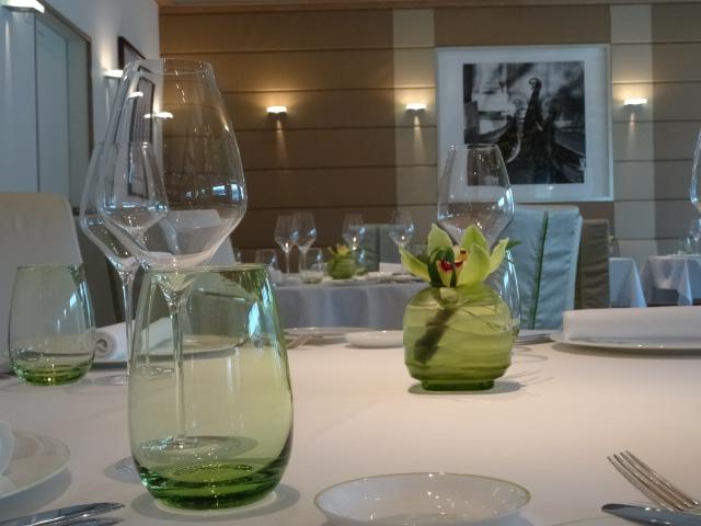 Moderne Umgangsformen bei Tisch – Knigge Tipps