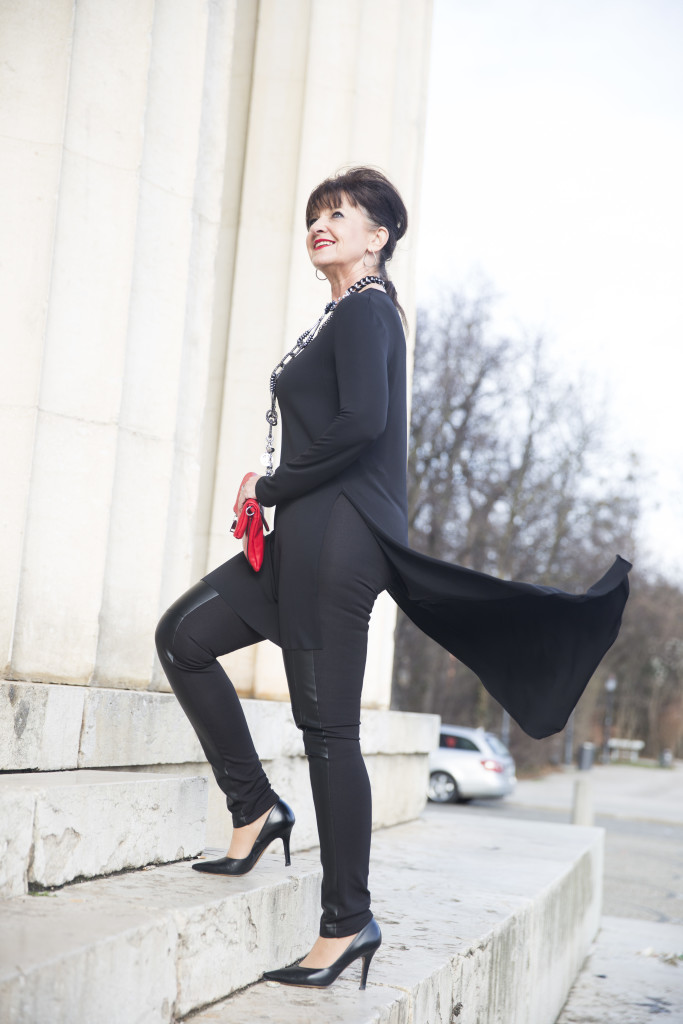 Black-Outfit-Komplett-Wind
