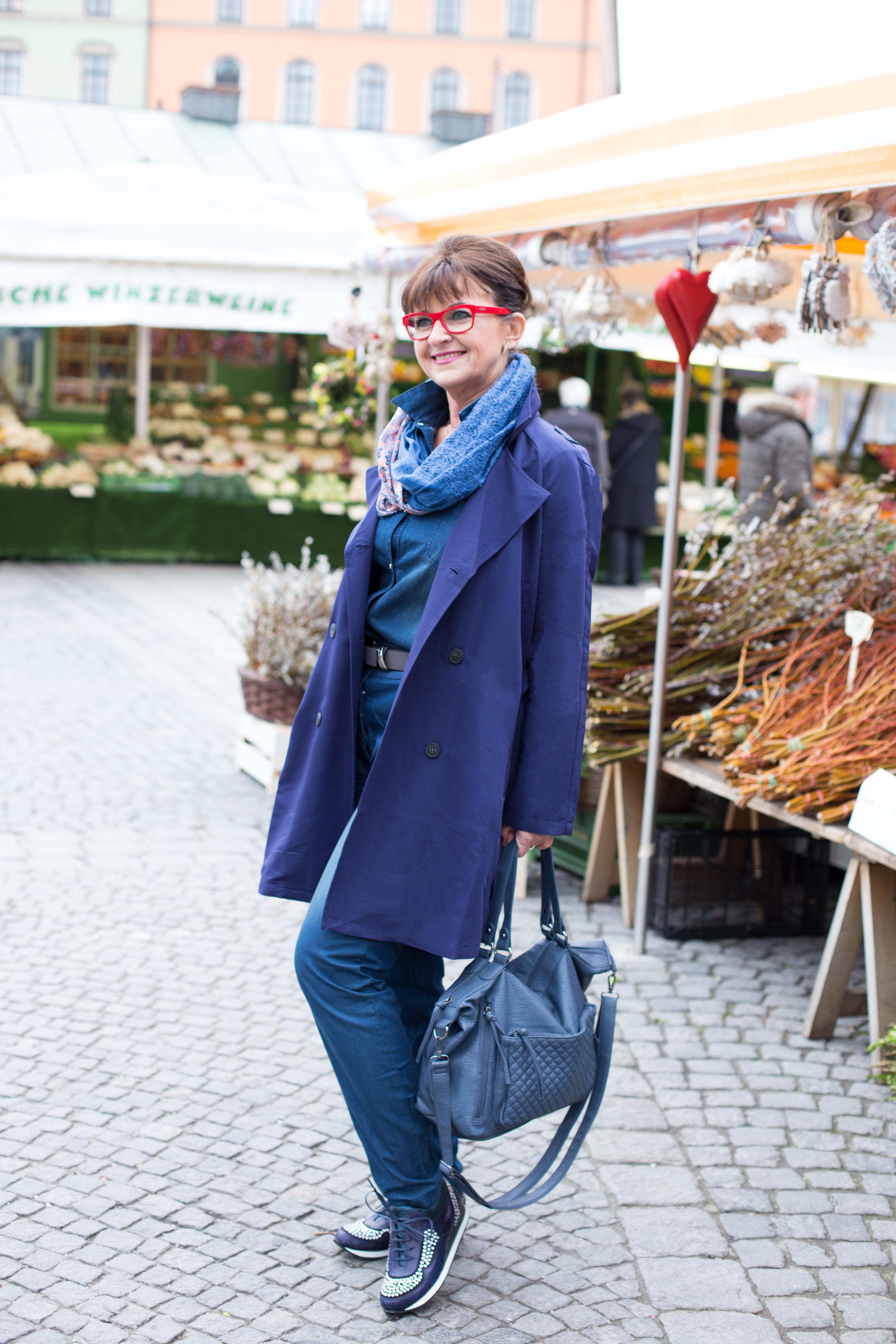 Helene-Fischer-Jumpsuit-Sneaker
