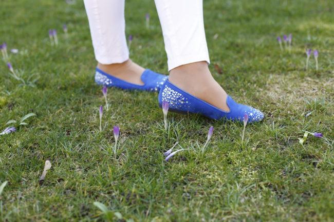 Blauer Ballerina für die Damen 40plus