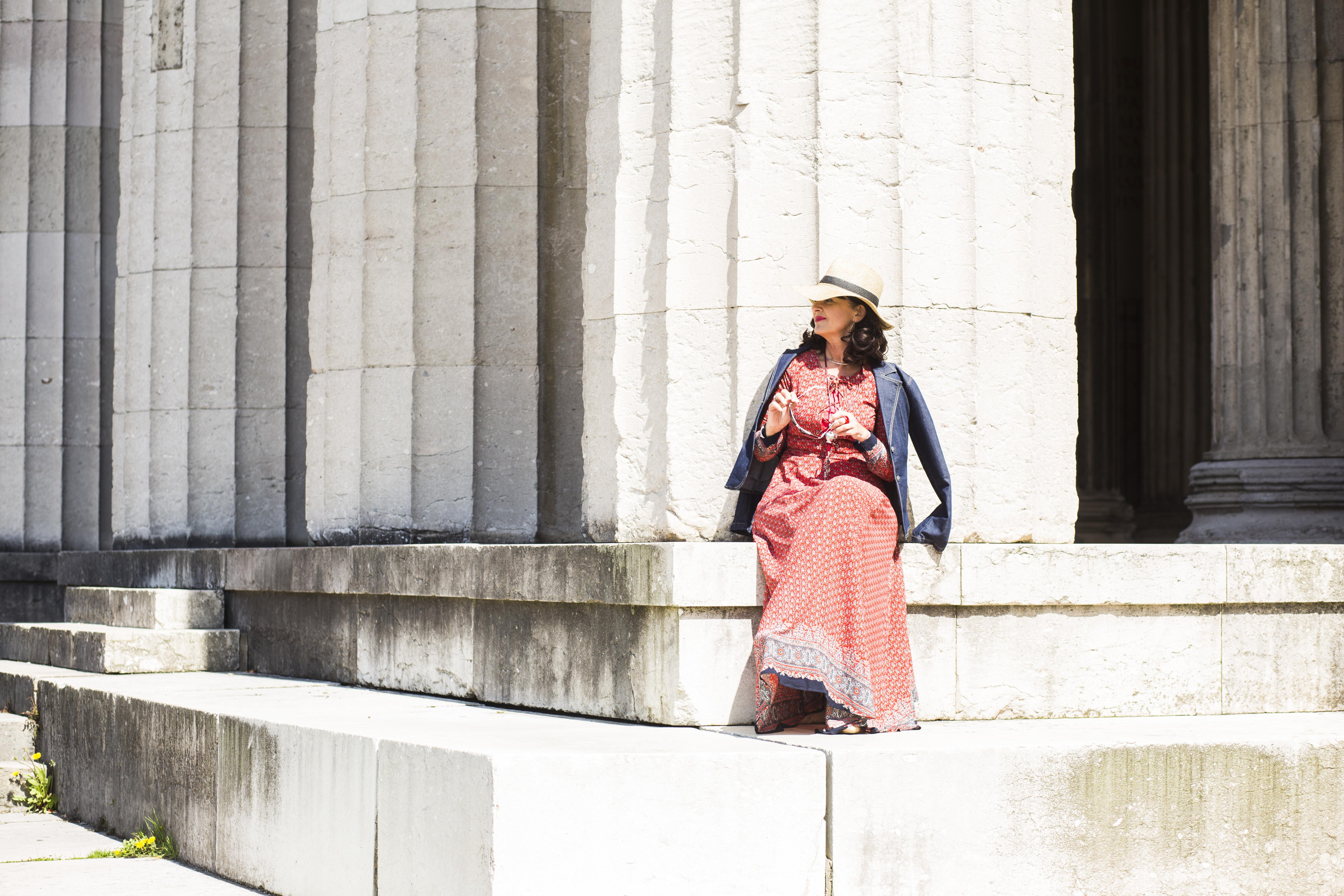 Kleid - Boho-Stil - Säulen