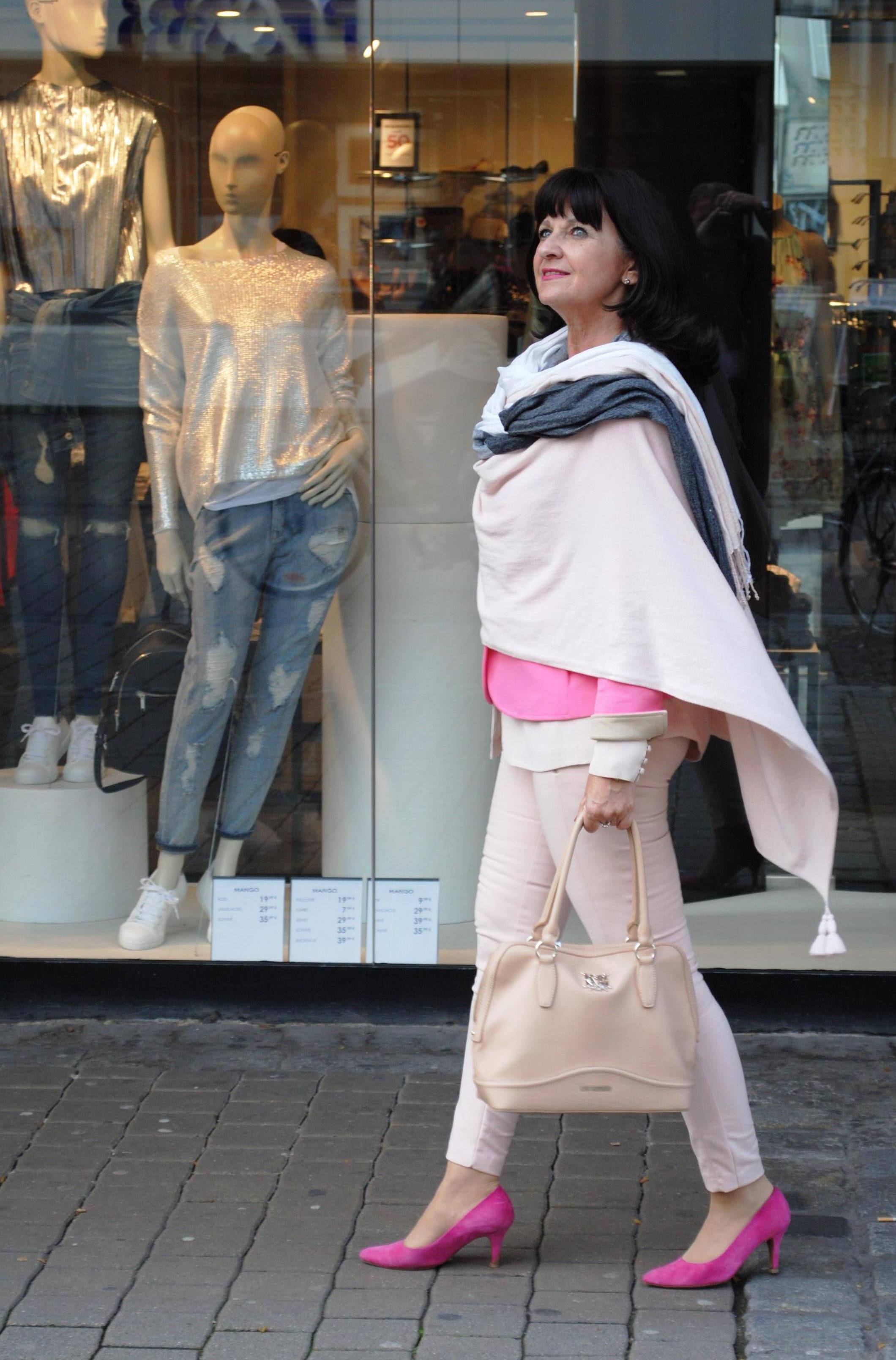 Einkaufsbegleitung mit Lady 50plus