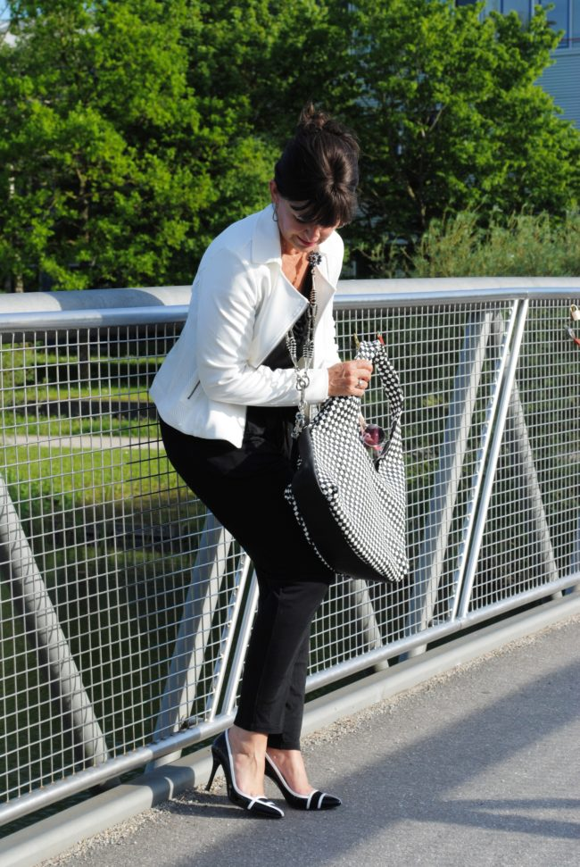 Jumpsuit Black & White Schuhe