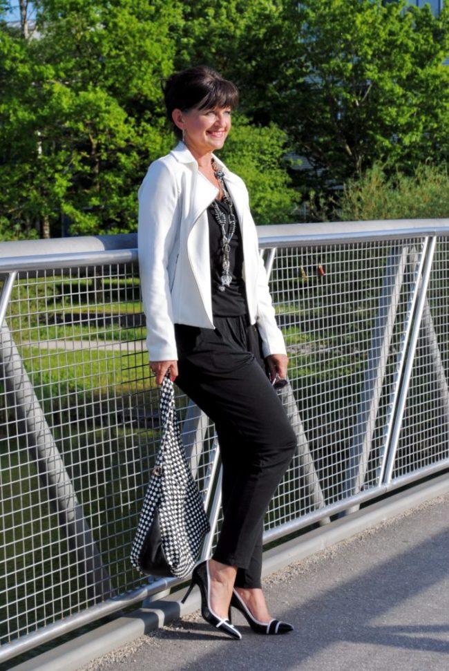 Jumpsuit Black and White Brücke mit Tasche