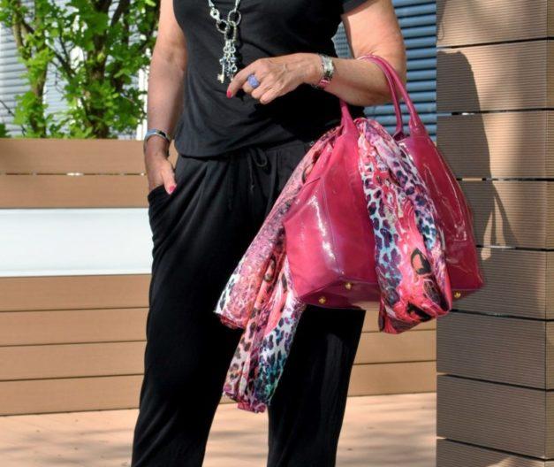 Pinkfarbige Tasche