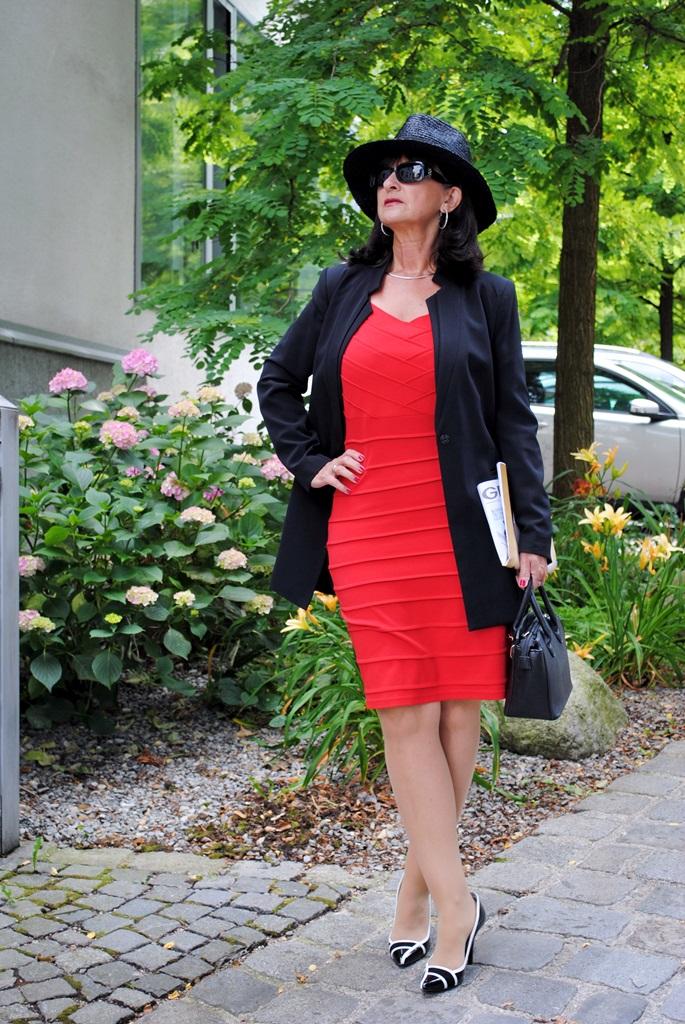 7 looks f r 7 tage styling tipps f r dein gutes aussehen martina berg lady 50plus. Black Bedroom Furniture Sets. Home Design Ideas