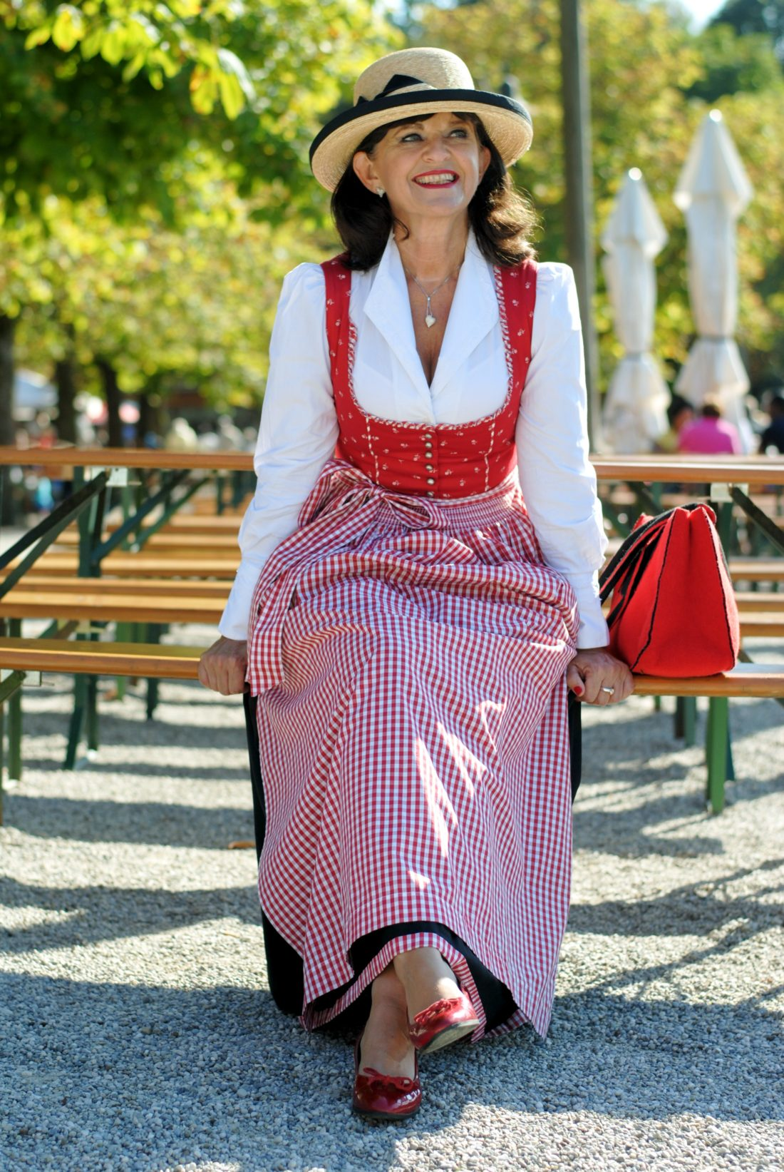 Dirndl traditionell - Lady 50plus