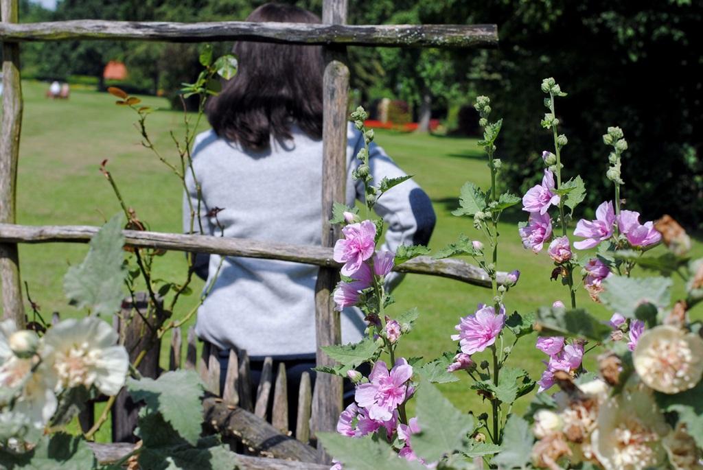 Im Bauerngarten mit Janker