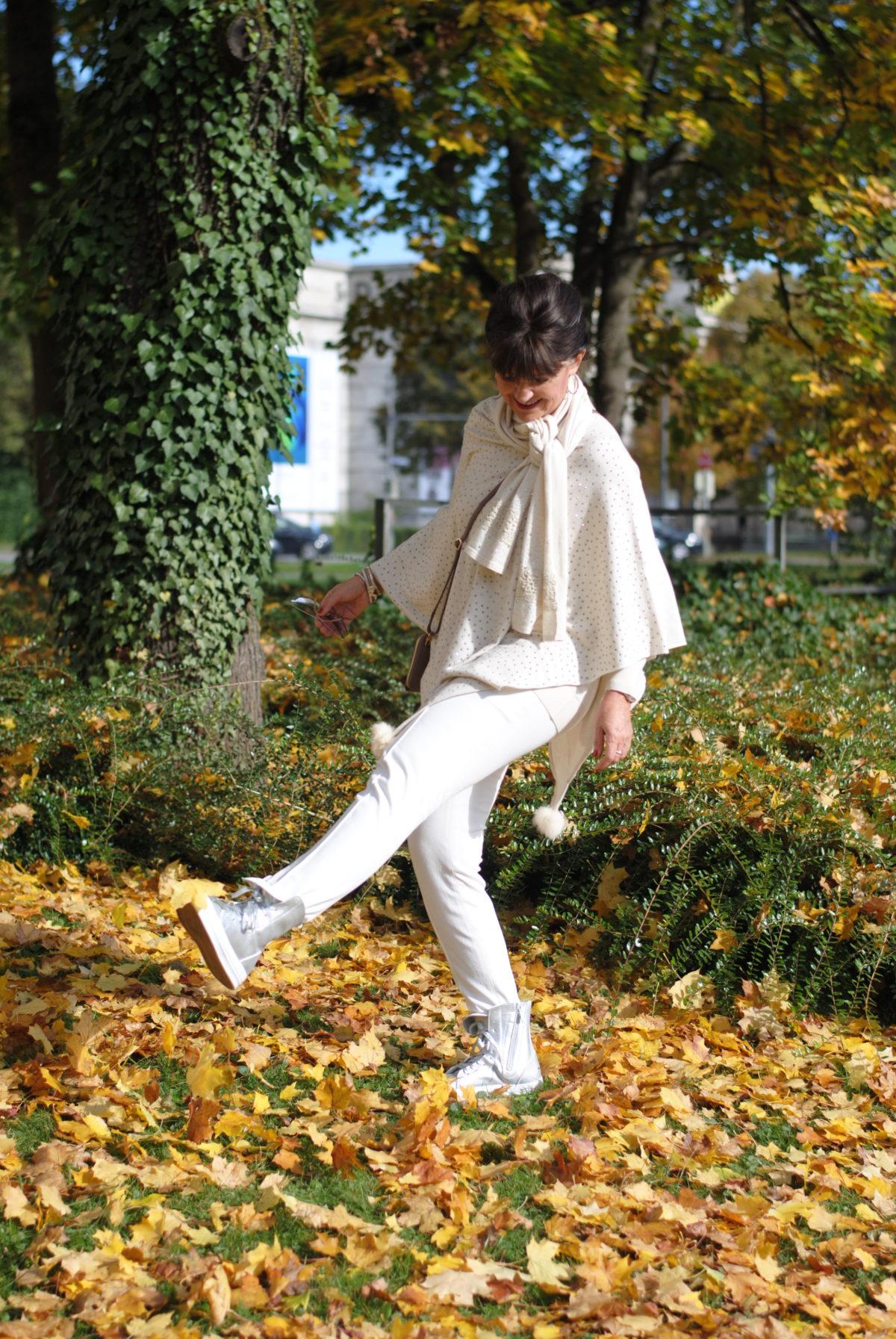 Wollweiß im Herbstlook