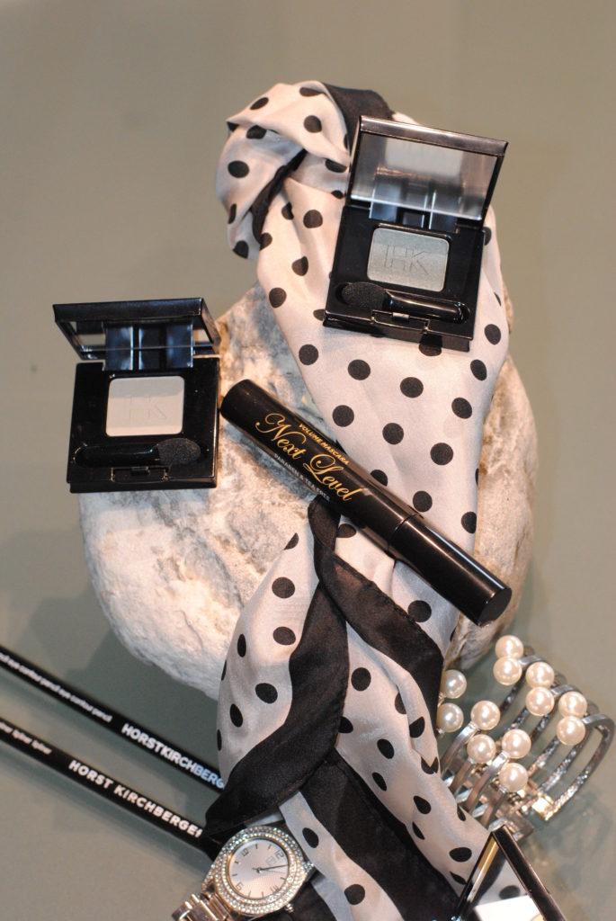 lidschatten-mit-accessoires