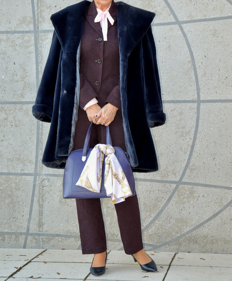 Blauer Mantel Fake Fur