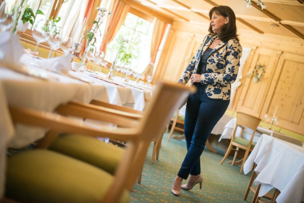 Tischmanieren – 11 Knigge Tipps für gutes Benehmen
