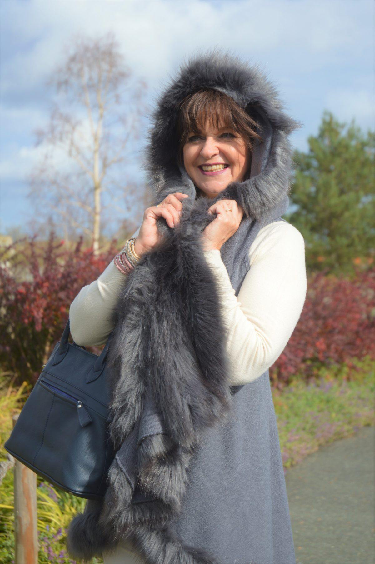 Poncho mit Fake Fur für Frauen 50plus