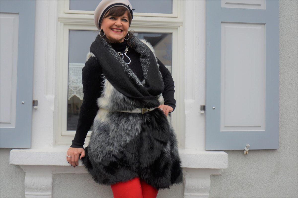 Fake Fur Weste in schwarz weiß