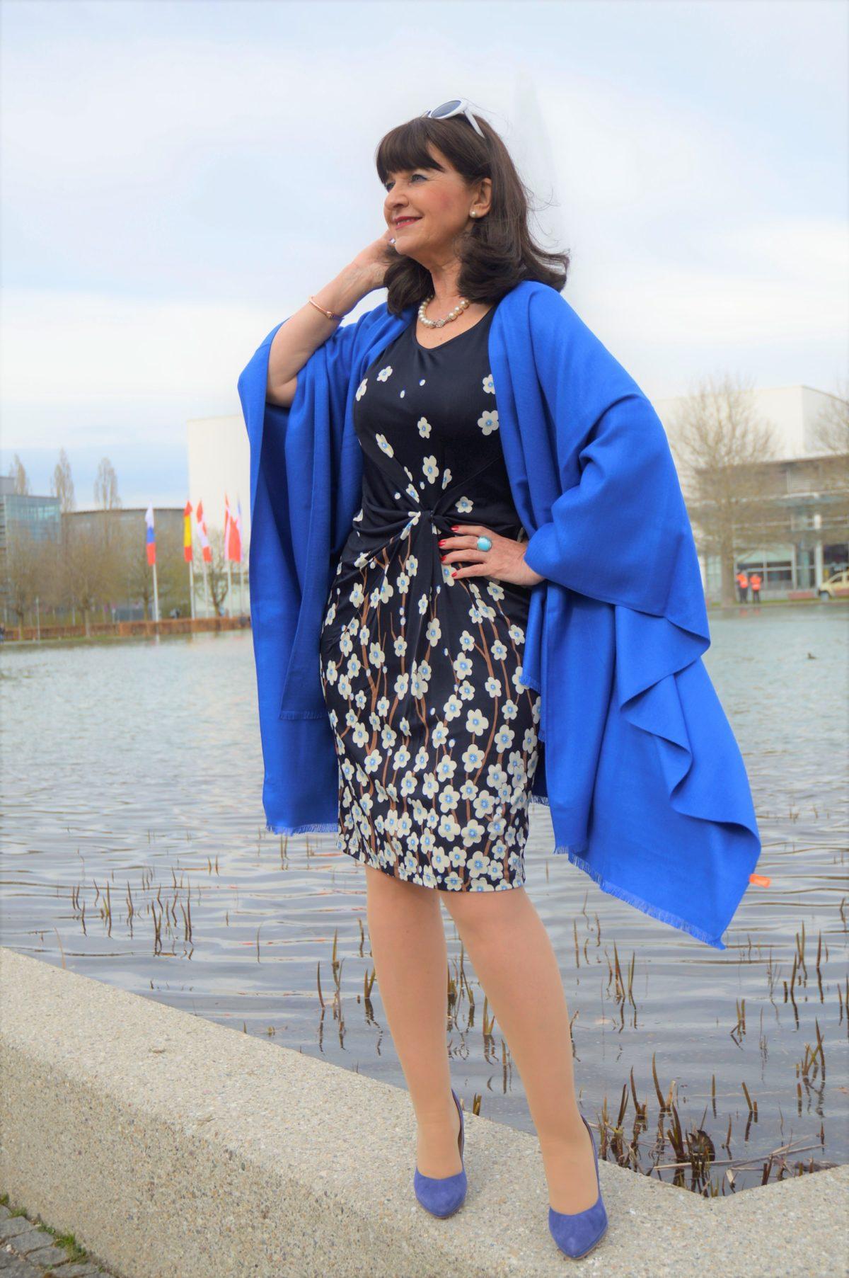Perfect Dress - 1 Kleid 3 Looks - von schick bis rockig - Martina ...