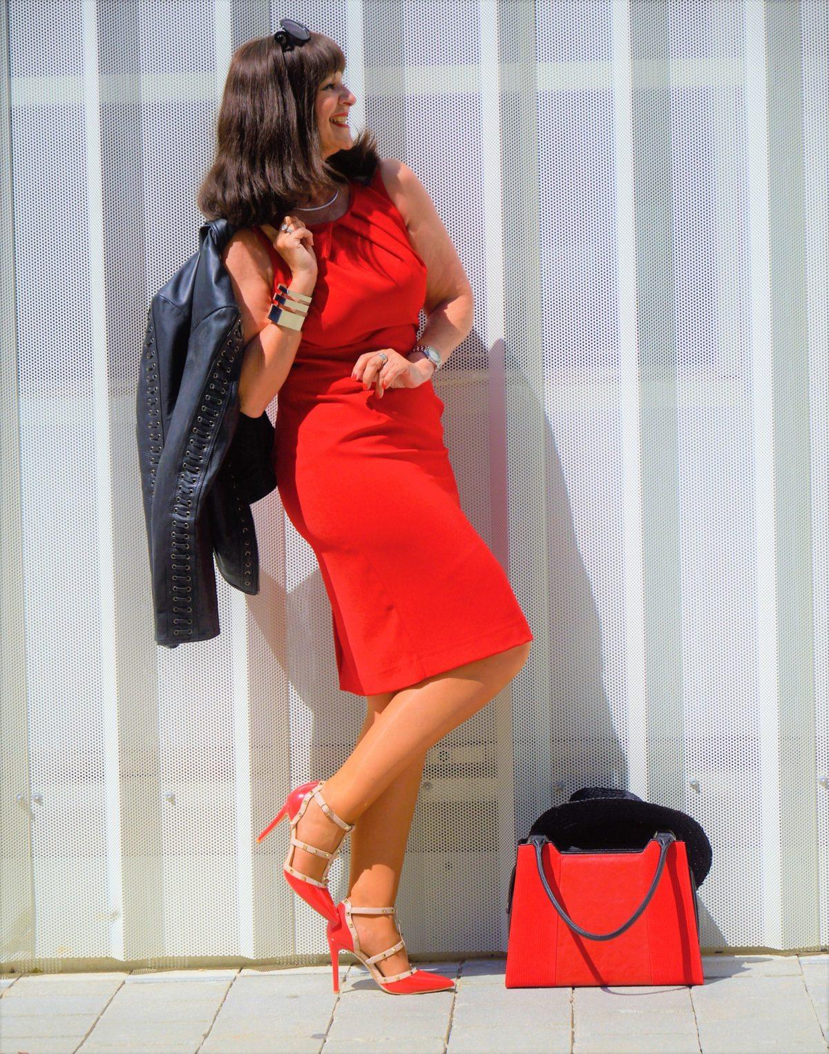 rot - starke farbe mit starker wirkung - martina berg - lady