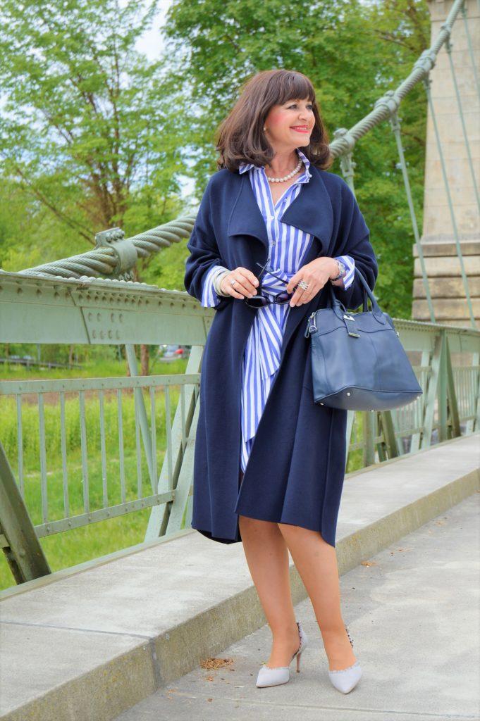 Kombination kleid und mantel