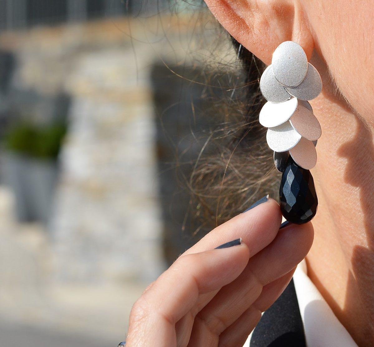 Ohrring einzeln
