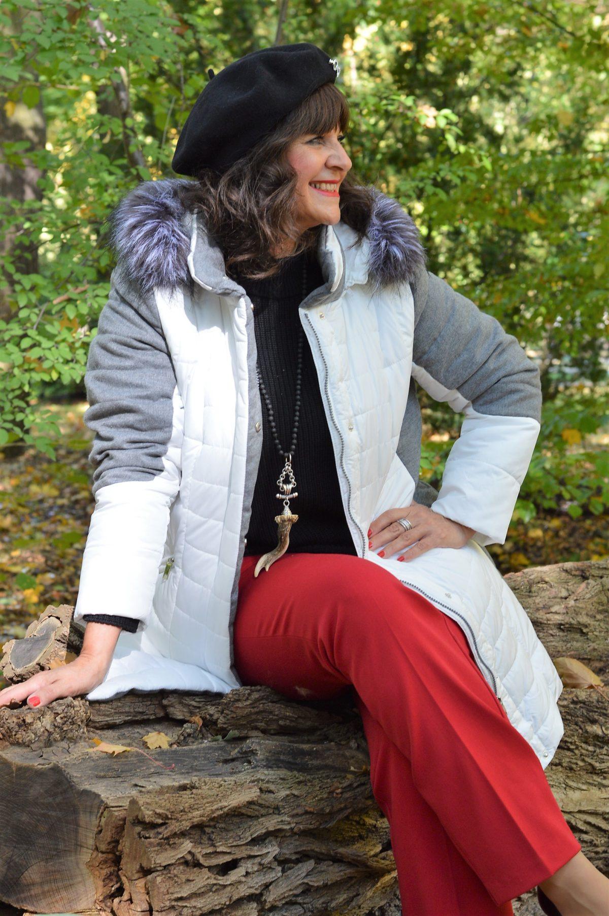 Mona Jacke im Herbst