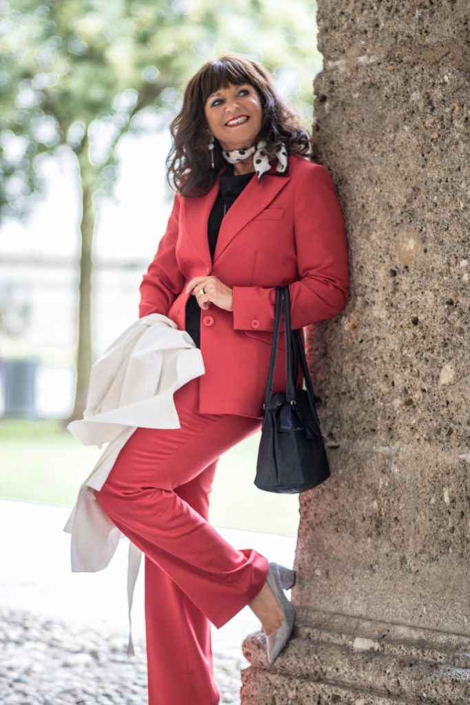 Business Look Hosenanzug rot
