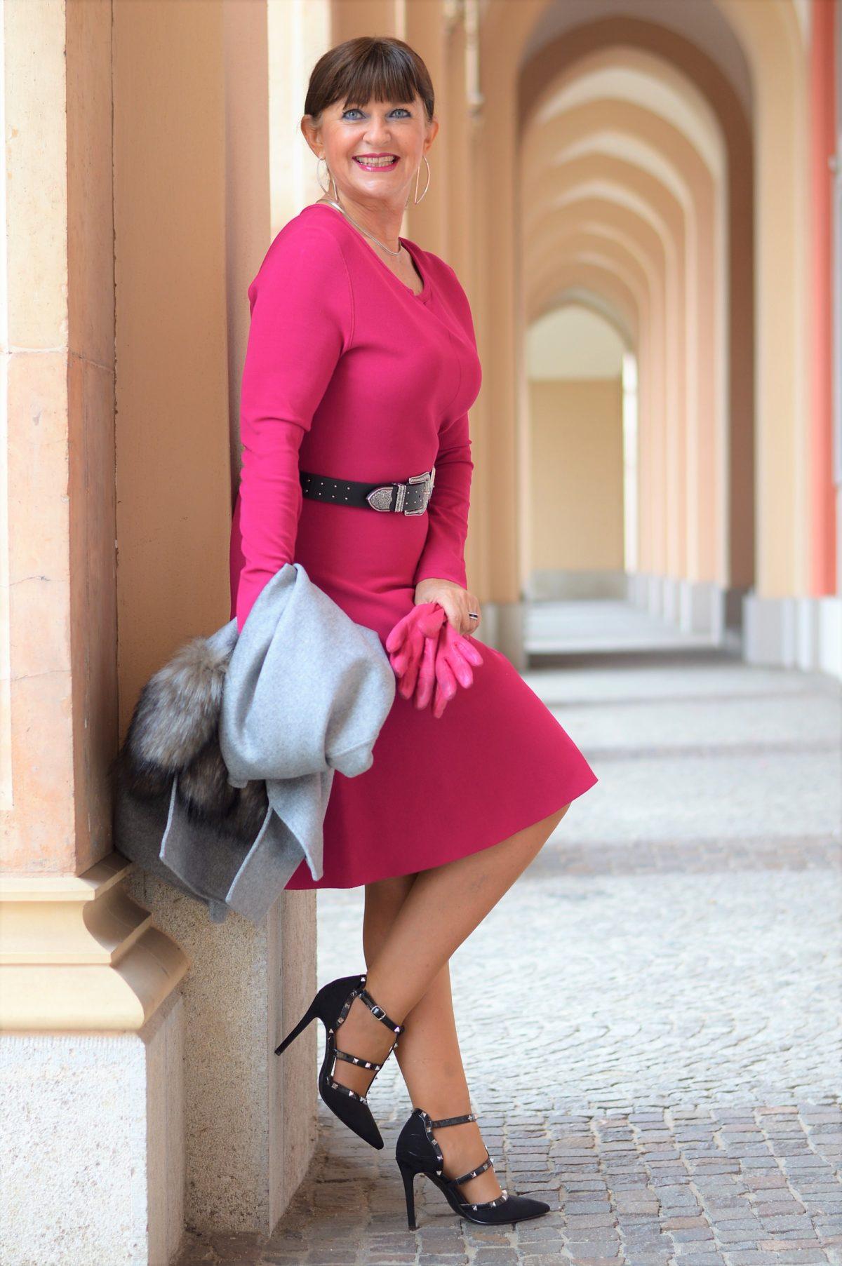 Pinkfarbiges MaxMara Kleid mit Grau