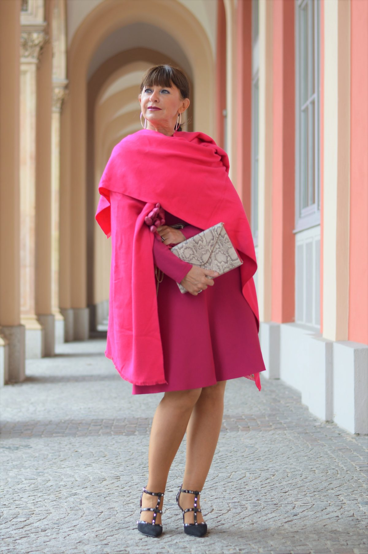 Pinkfarbiges Kleid