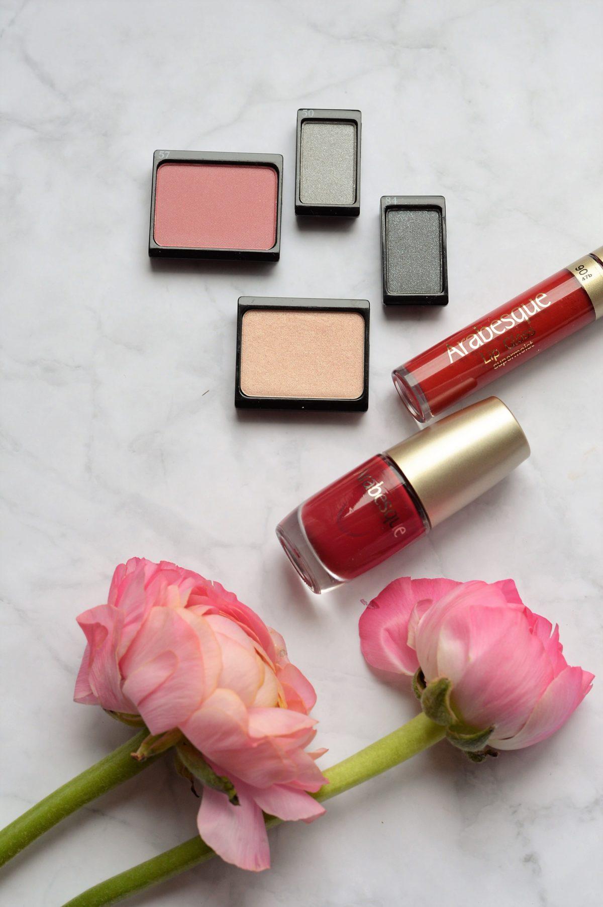 Make up Trend kalte Farben