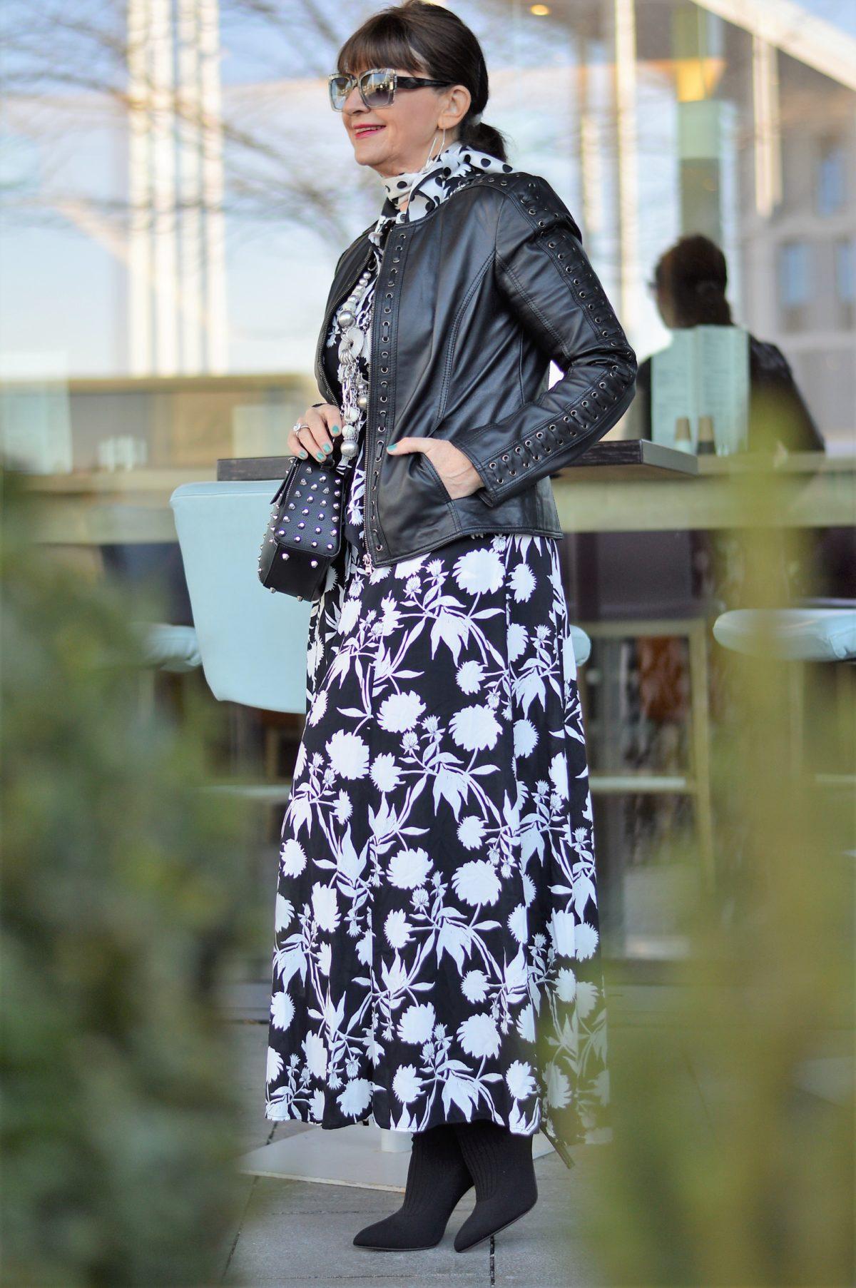 Zara Kleid mit Lederjacke