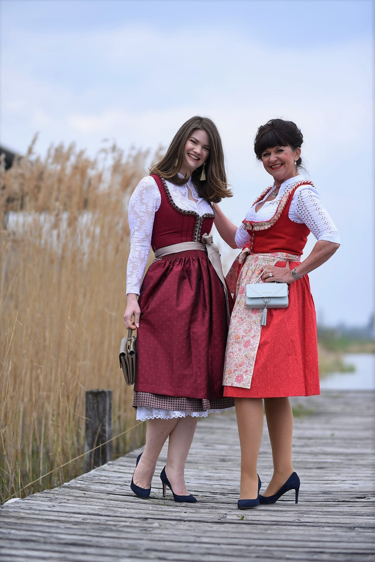 2 Generationen 1 Look Dirndl
