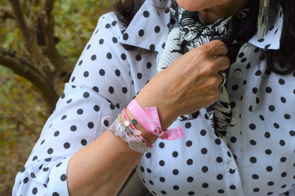 Rosefarbiges Armband