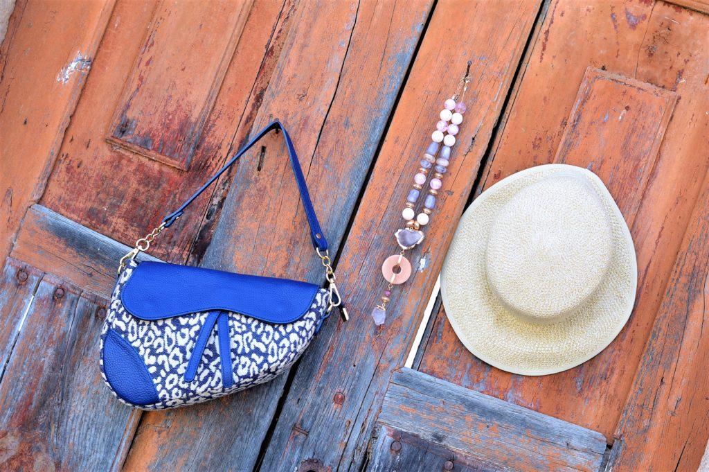 Trendigs Accessoires im Sommer