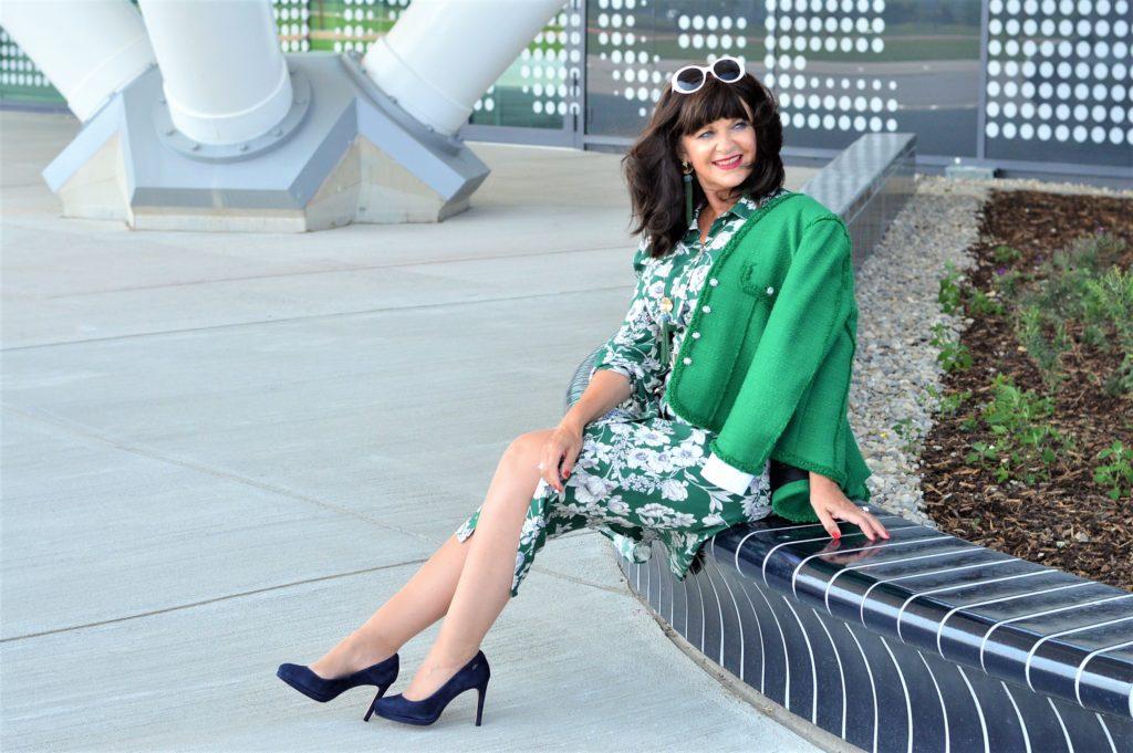 Im schicken Kleid in den Herbst – Styling mit Jacke