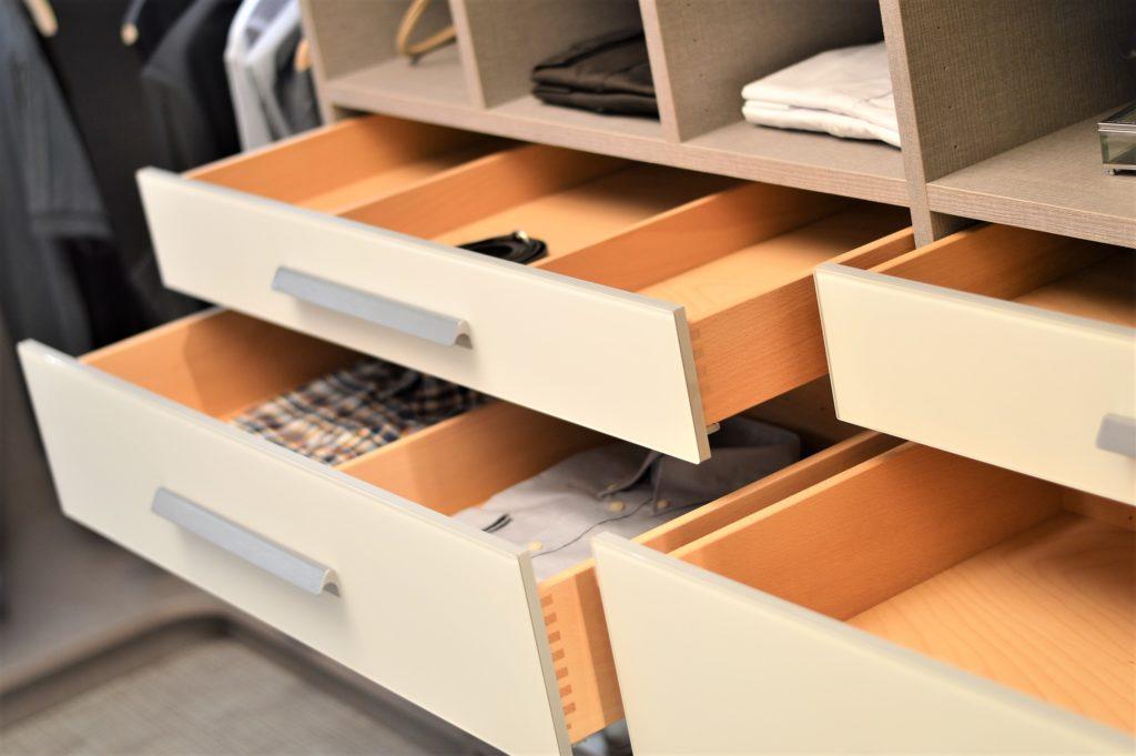 Schubladen von Cabinet