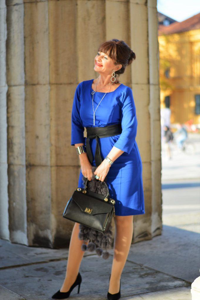 Blaues MONA Kleid