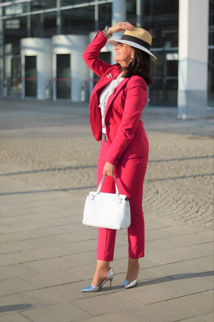 7 LOOKS FÜR 7 TAGE – Shoppen im eigenen Kleiderschrank!