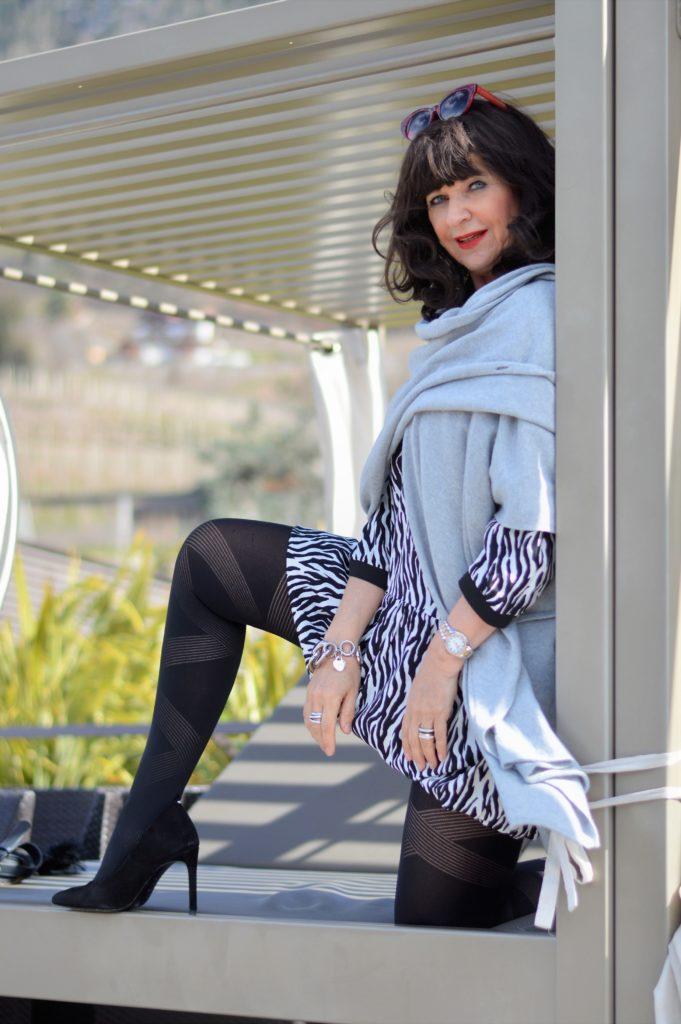 Zara Zebra Muster Kleid