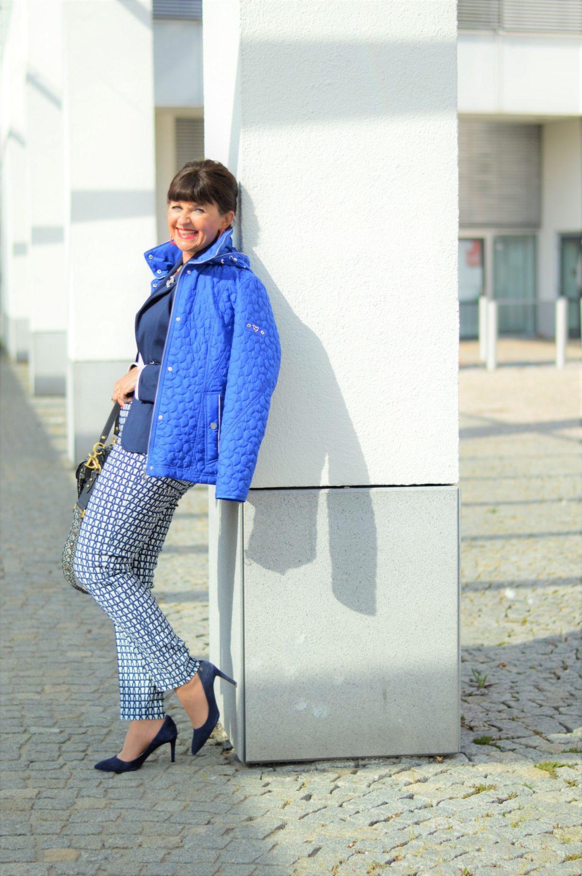 Maritimer Look mit Mona Mode und Lady 50plus