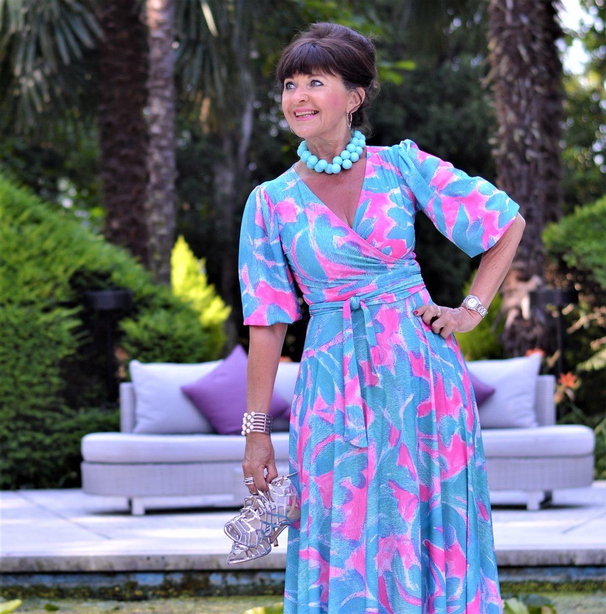 Das perfekte Sommerkleid in türkis aus Meran