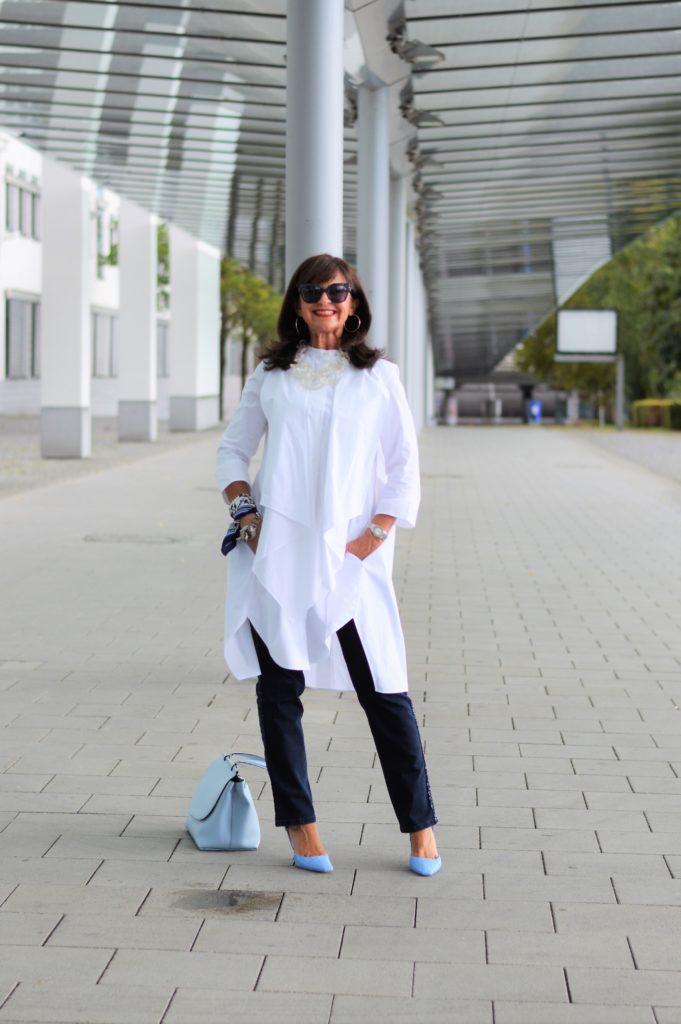 JEANS KOMBINIEREN: 1 Kleidungsstück – 3 Looks