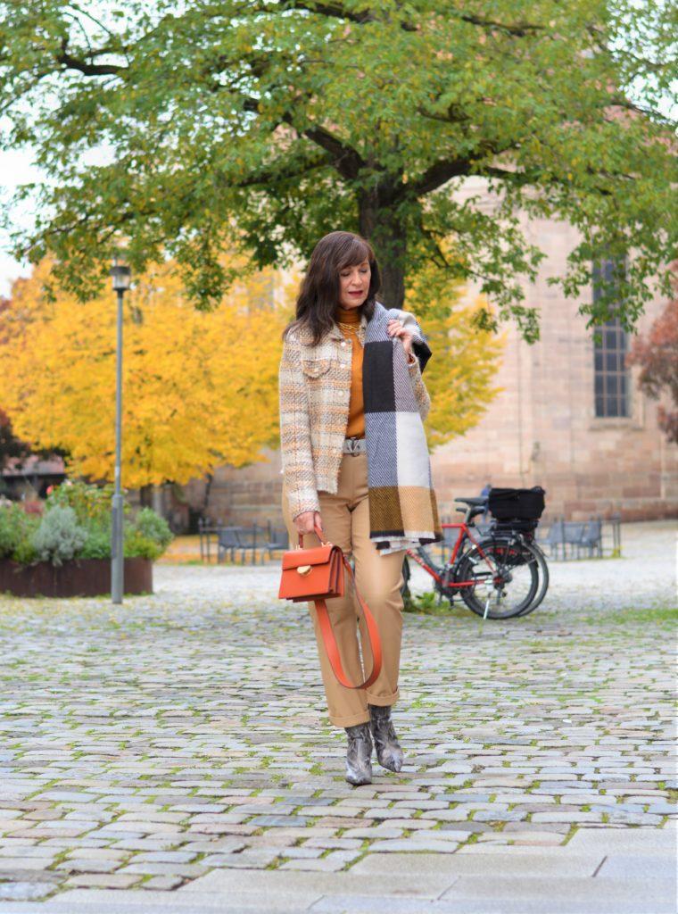 Herbst-Outfit in zarten Tönen
