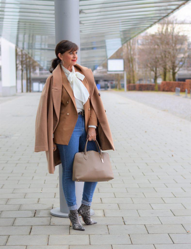 1 TEIL – 5 LOOKS: Styling Kombinationen mit Jeans