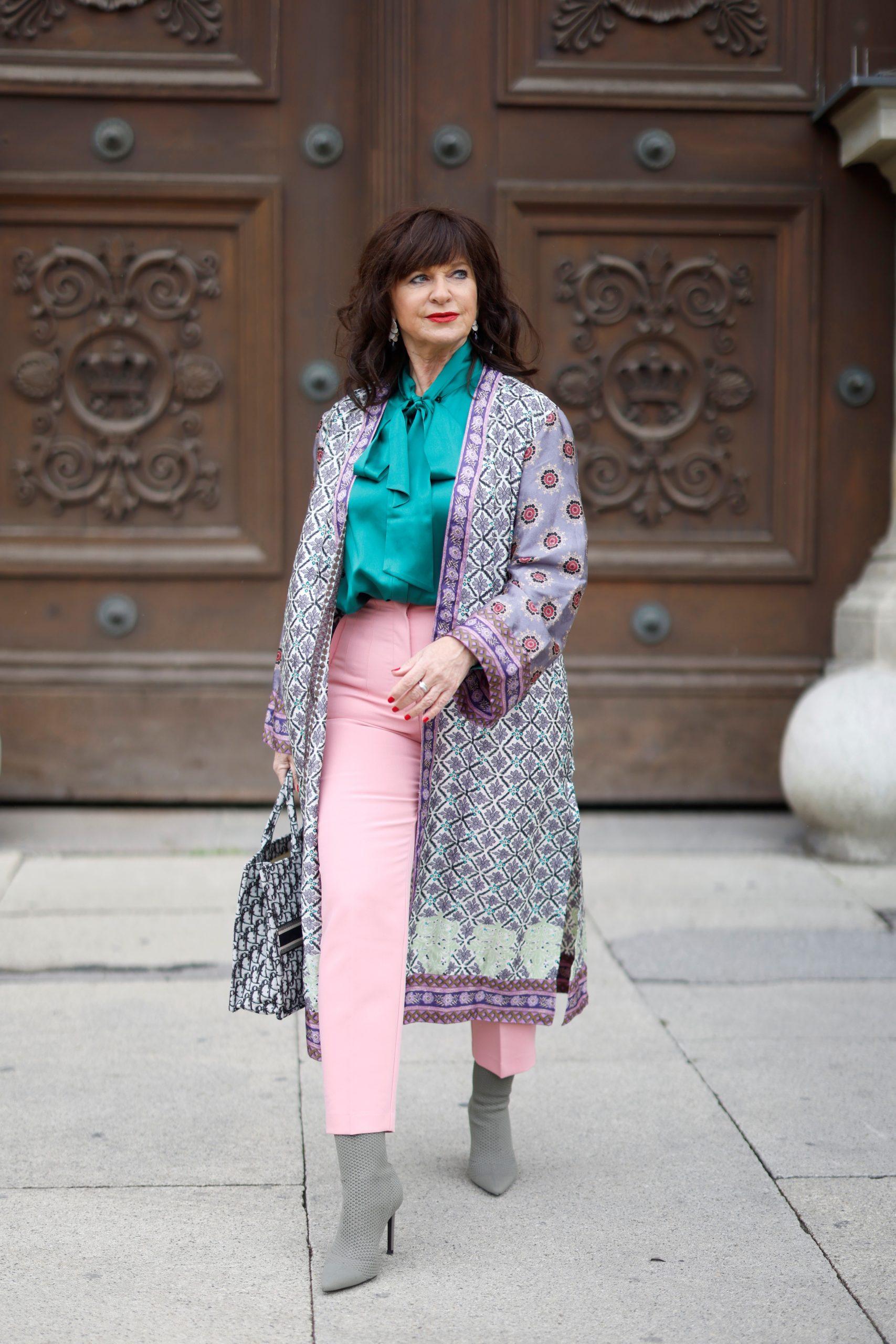 Streetstyle mit Kimono Frauen 50plus